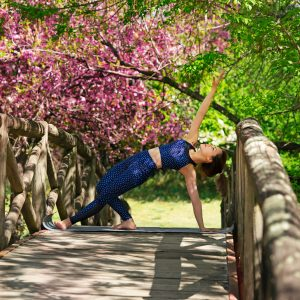 healthy and active lifestyle gift ideas for mom